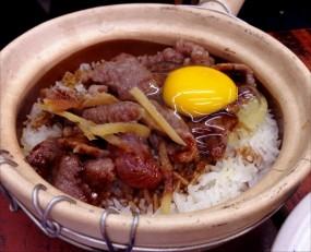 滑蛋牛肉煲仔飯 - 四季煲仔飯 in Yau Ma Tei