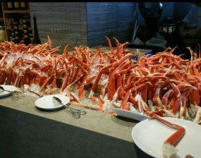 Alaskan King Crab Legs - Mr. Steak Buffet à la minute in Causeway Bay
