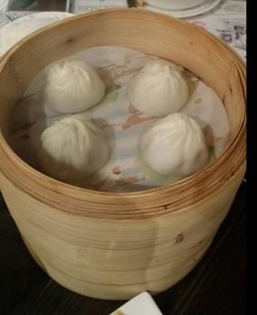 小籠包 - Shanghai Po Po 336 in Tsim Sha Tsui )