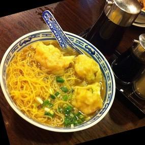 雲吞麵 - Tsim Chai Kee Noodle in Central