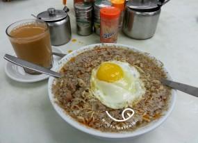 蛋牛麵 + 熱奶茶 - Wai Kee Noodle Cafe in Sham Shui Po