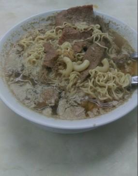 豬潤牛肉麵 - Wai Kee Noodle Cafe in Sham Shui Po