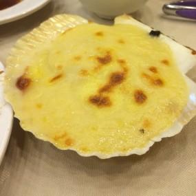 焗烤扇貝 - Under Bridge Spicy Crab in Wan Chai