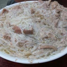 豬潤牛肉米粉 - Wai Kee Noodle Cafe in Sham Shui Po