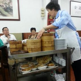 點心 - Lin Heung Tea House in Central