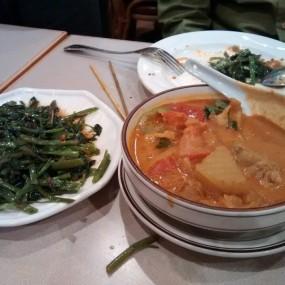 咖喱雞,炒通菜 - Sabah Malaysian Cuisine in Wan Chai