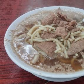 招牌,但我比較喜歡大家食豬肝麵 - Wai Kee Noodle Cafe in Sham Shui Po