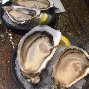 White Pearl及Gillardeau生蠔 - Savoye Bistro (SB) in Tin Hau