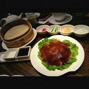 大都烤鴨(半隻) - Empire City Roasted Duck in Tsim Sha Tsui