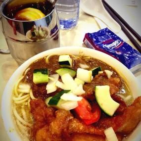 咖哩雞扒麵 - Curry King in Tai Po
