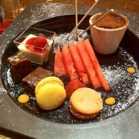 Dessert Platter - 中環的Armani / Aqua