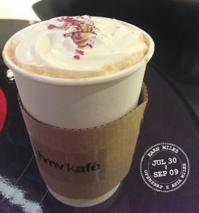 Rose Latte - 尖沙咀的HMV kafe