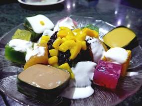 甜品拼盤 - 大埔的忠誠茶座泰國菜