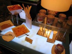 印度薄餅,醬料 - 尖沙咀的大堂酒廊