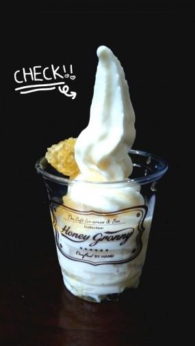 奶茶蜂巢雪糕 - 鰂魚涌的Honey Granny